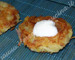 Latkes (Potato fritters)
