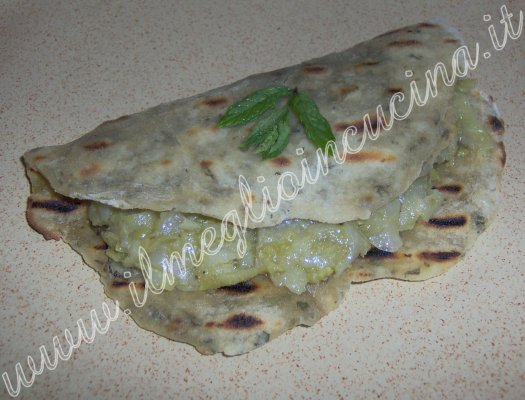Stuffed parantha